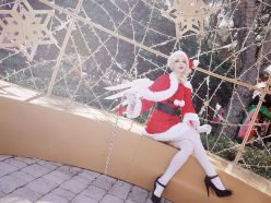 overwatch-christmas-mercy-by-megan-coffey-6