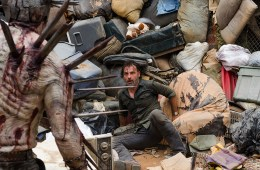 the-walking-dead-episode-710-rick-junk