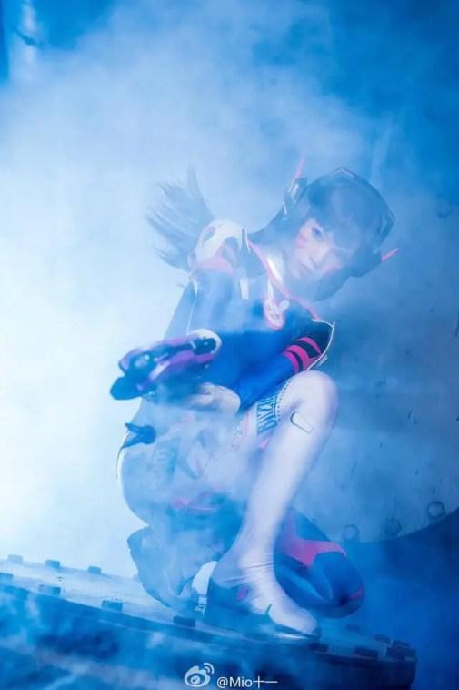 overwatch-d-va-cosplay-by-emily-mio-2