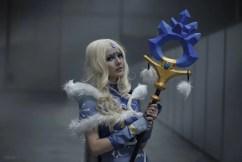 dota-2-crystal-maiden-cosplay-by-akina-gasai-12