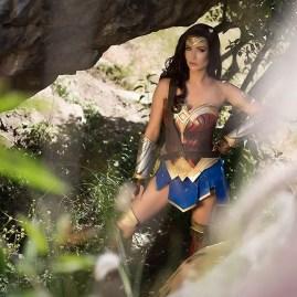 wonder-woman-cosplay-by-tahnee-harrison-5