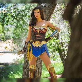 wonder-woman-cosplay-by-tahnee-harrison