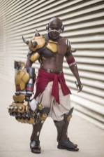 overwatch-doomfist-cosplay-blizzard-4