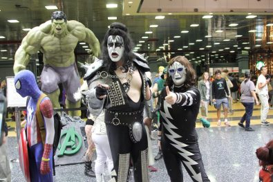 Fun Fact, Gene Simmons was at this convention. This dude towered over him.