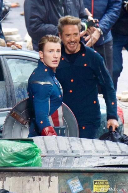 avengers-4-tony-stark-robert-downey-jr-cap-chris-evans