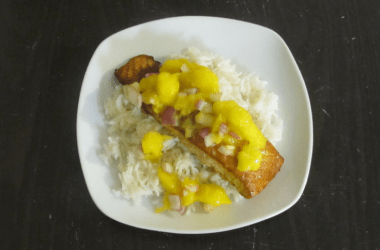 This spice marinated salmon with mango salsa combines warm smokey flavors, delicious maple syrup and is topped with a sweet and juicy mango salsa.