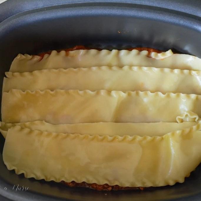 Pasta-assembly-for-crockpot-lasagna