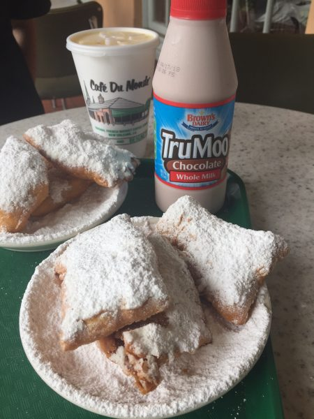 Cafe du Monde in New Orleans is a great date idea and experiencing the city.