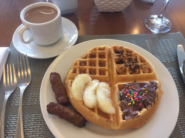 Enjoy a delicious breakfast at the Market Cafe! Create your own waffle and add any toppings you like for a delicious breakfast in Panama City, Panama.