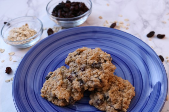 Soft and chewy oatmeal raisin cookies are a family favorite! This classic cookie combines oatmeal, raisins and a dash of cinnamon together for the best cookie recipe ever. - Adventuresofb2.com