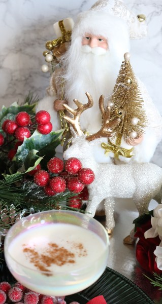 Celebrate this Christmas with a festive holiday cocktail! This turtle dove cocktail is great for sipping at a holiday party or at home by the fireplace. Add whip cream and a pinch of nutmeg to complete this delicious cocktail recipe.