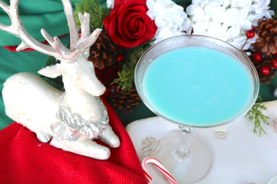 Frost bite cocktail is a luscious blue cocktail made with tequila, cream of coconut, blue curaçao and creme de cacao for an ultra creamy dessert cocktail!
