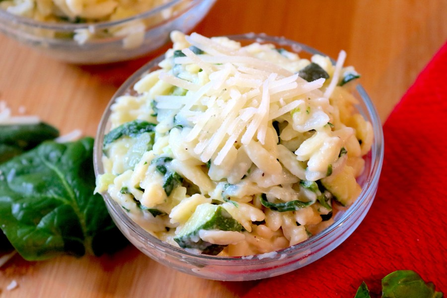 Creamy Zucchini, Spinach, and Parmesan Orzo is a light and creamy orzo pasta packed with veggies which makes it a perfect side dish to your meal. In 30 minutes or less, you can have a delicious pasta to complete your meal! - AdventuresofB2.com