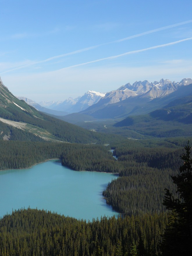 Looking N from the observation deck at Peyto Lake towards mountains along the Mistaya River valley.