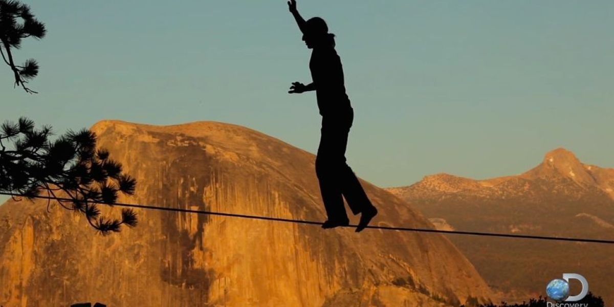 Dean Potter cheats death in Yosemite highline fall | Adventure