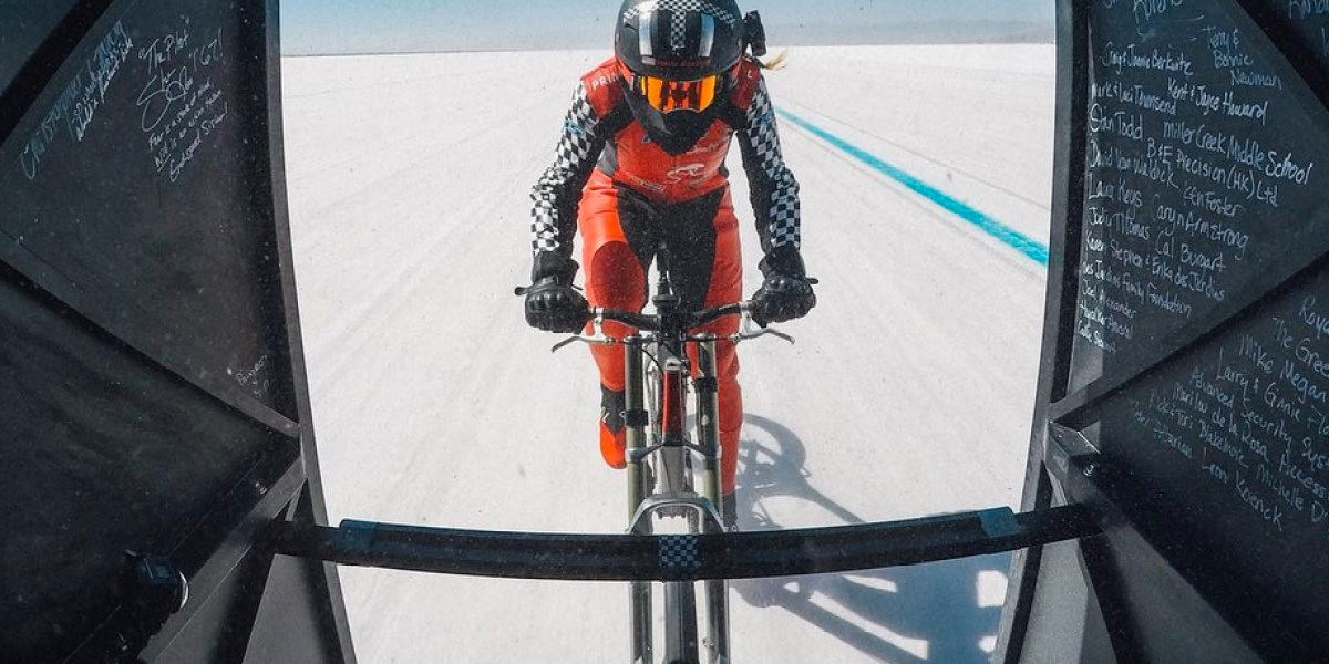 Denise Mueller-Korenek Sets New Cycling Land Speed World Record at Over 183 mph