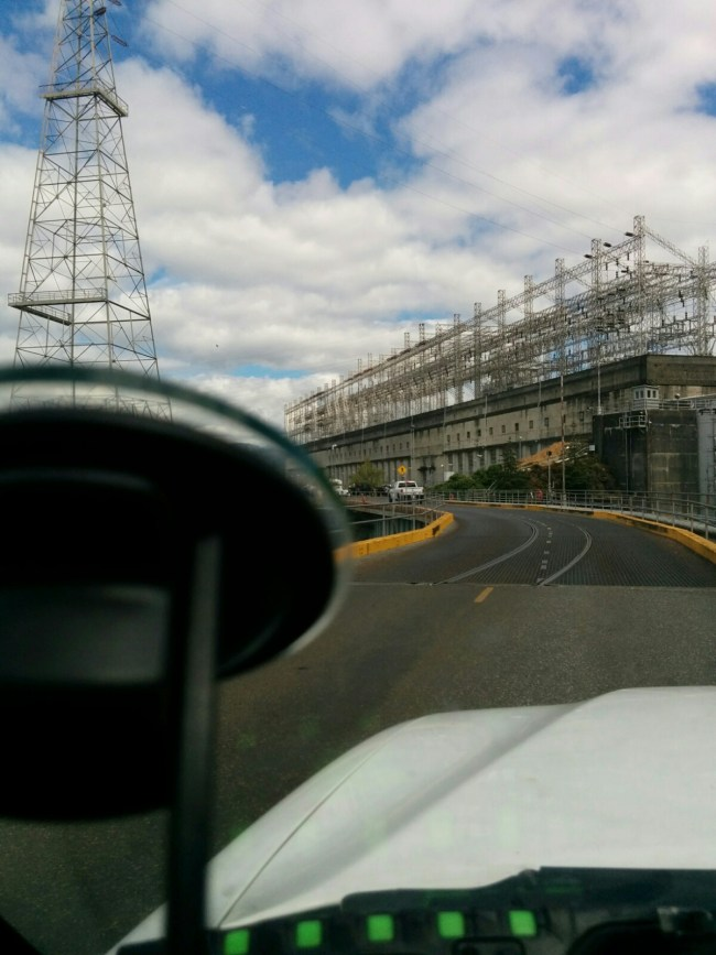Driving Past The Powerhouse Towards The Dam Visitor Center
