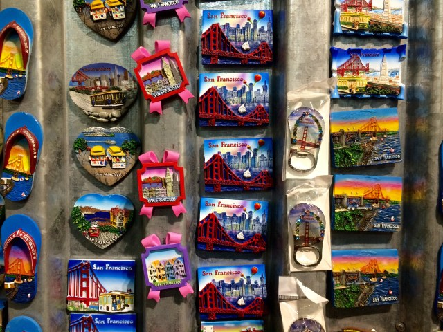 San_francisco_souvenir_magnets
