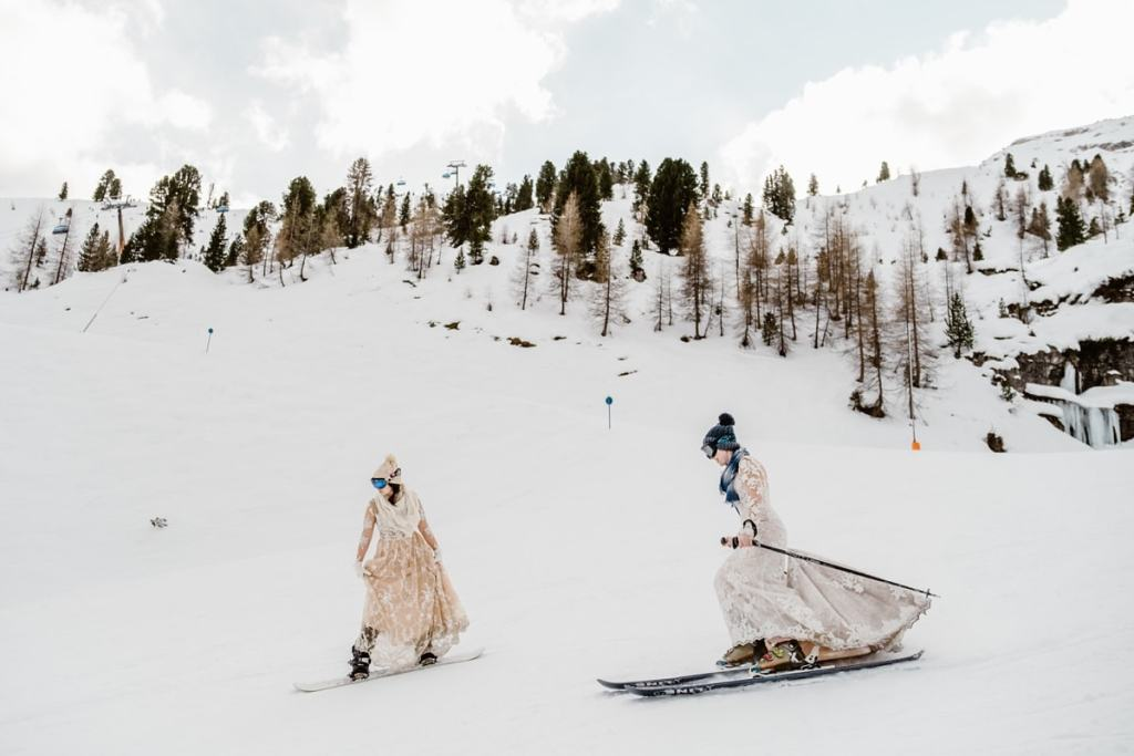 Skiing wedding in Austria by Wild Connections Photography