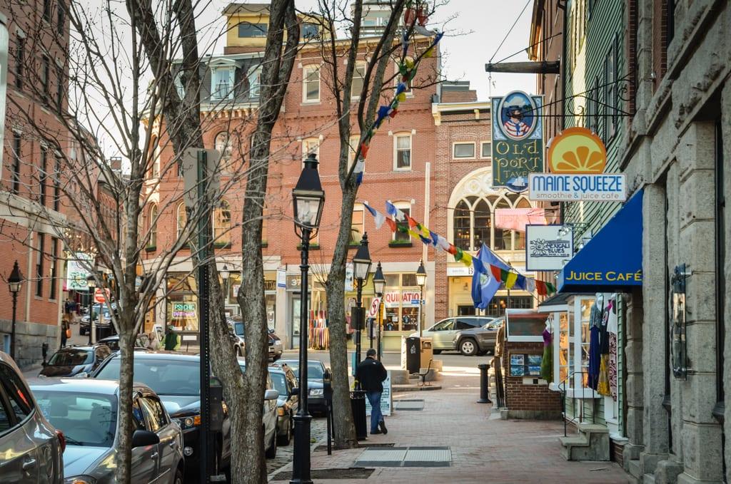 Bachelorettes On The Run In Portland Maine Adventurous