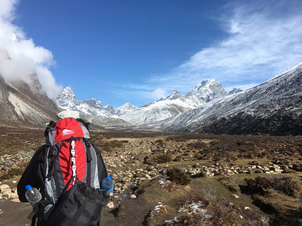 hiking to everest base camp solo