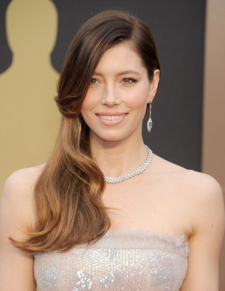 Oscar Beauty DIY  The Look Jessica Biel by Kayleen McAdams #CKOne #Kiehls #Oscar