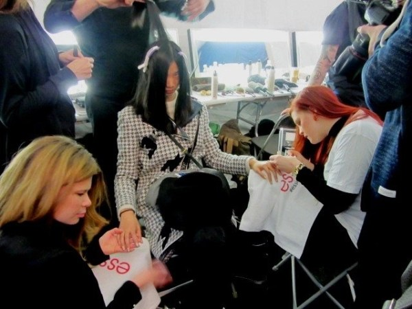 Backstage Beauty: Rock & ROLL Hair, Champagne GOLD Nails, @NaeemKahnNYC @Essie, @DavinesOfficial, #NYFW, #Beauty