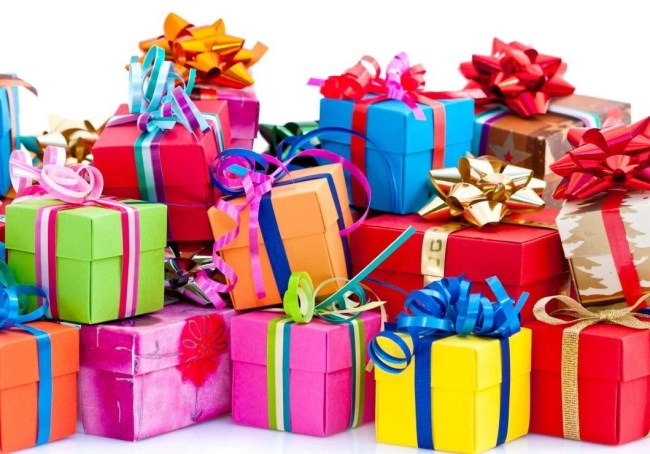 Now that's a bargain, beauty gift! Here are 9 of them! #holiday2015