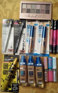 Maybelline New York Trendy, Novel, New MUSTS! @Maybelline, #blushednudes,  #brushwithchaos, #babylipsgloss