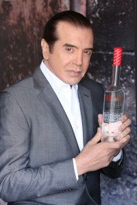 Frank Sinatra shared his olives, now you can share yours! @chazzpalminteri, @BiviVodka,  #martini