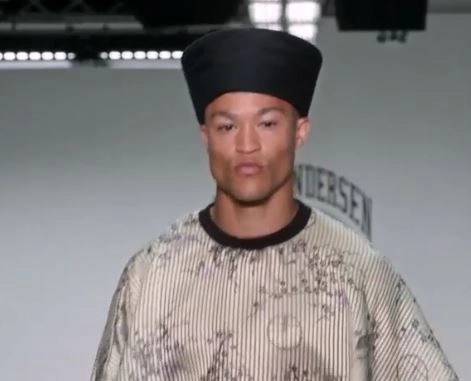 FASHION FLASH! London Collections Men AW16 Videos on advicesisters.com #fashion, #mensfashion