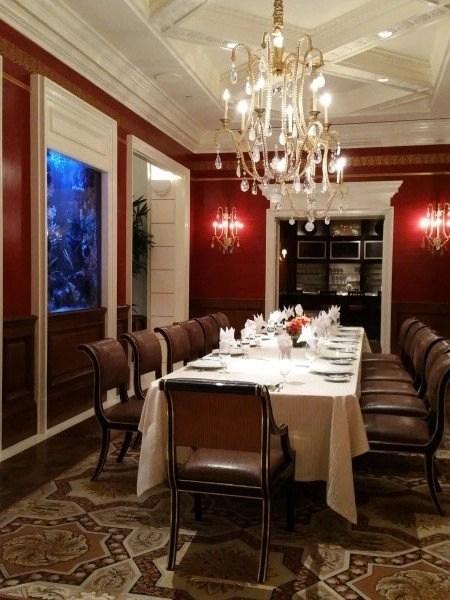 dining room august suite caesars las vegas