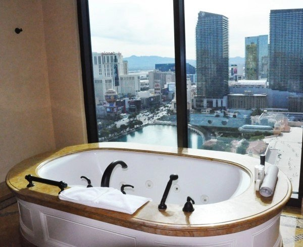 bathtub with view in the Augustus Suite Casesars Las Vegas