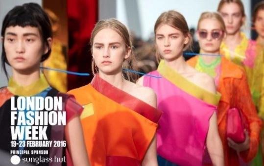 Goodbye NYFW Hello London! British Fashion Week (video live on advicesisters.com) @LondonFashionWk , #lfw