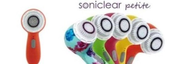 Michael Todd Sonicleaer Petite array of colors cleansing brush