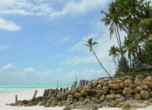 lagoon in zanzibar