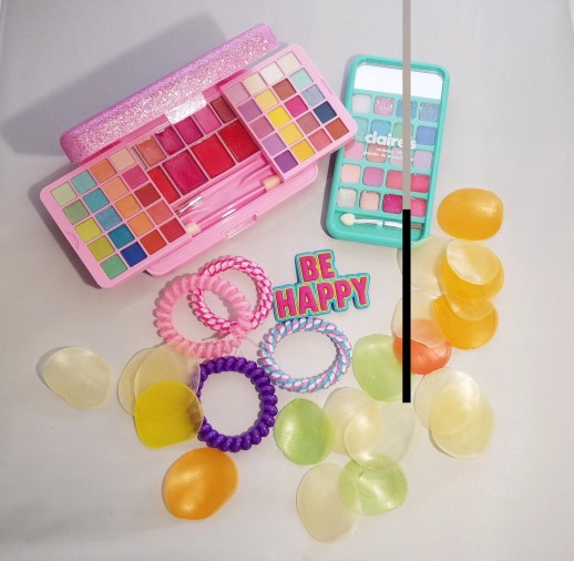 claires stores group of makeup items 1 (2)