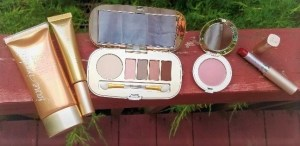 Jane Iredale's Summer Makeup Collection Favorites