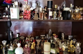 How to Choose A Fragrance for Yourself, Or Someone Else