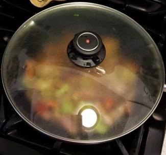 photo by alison blackman for advicesisters beauty and style swiss diamond wok with cover