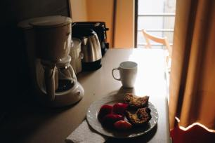 Handmade coffee vs. Coffee Maker's coffee