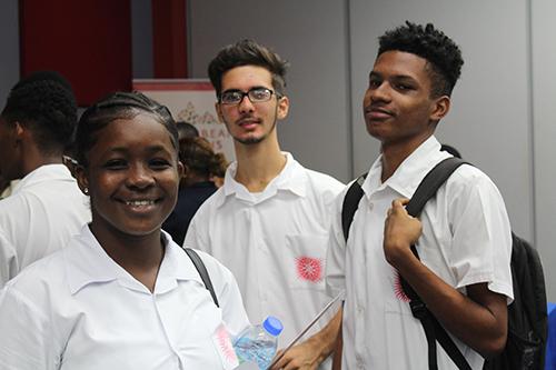 students gathered at job fair expo