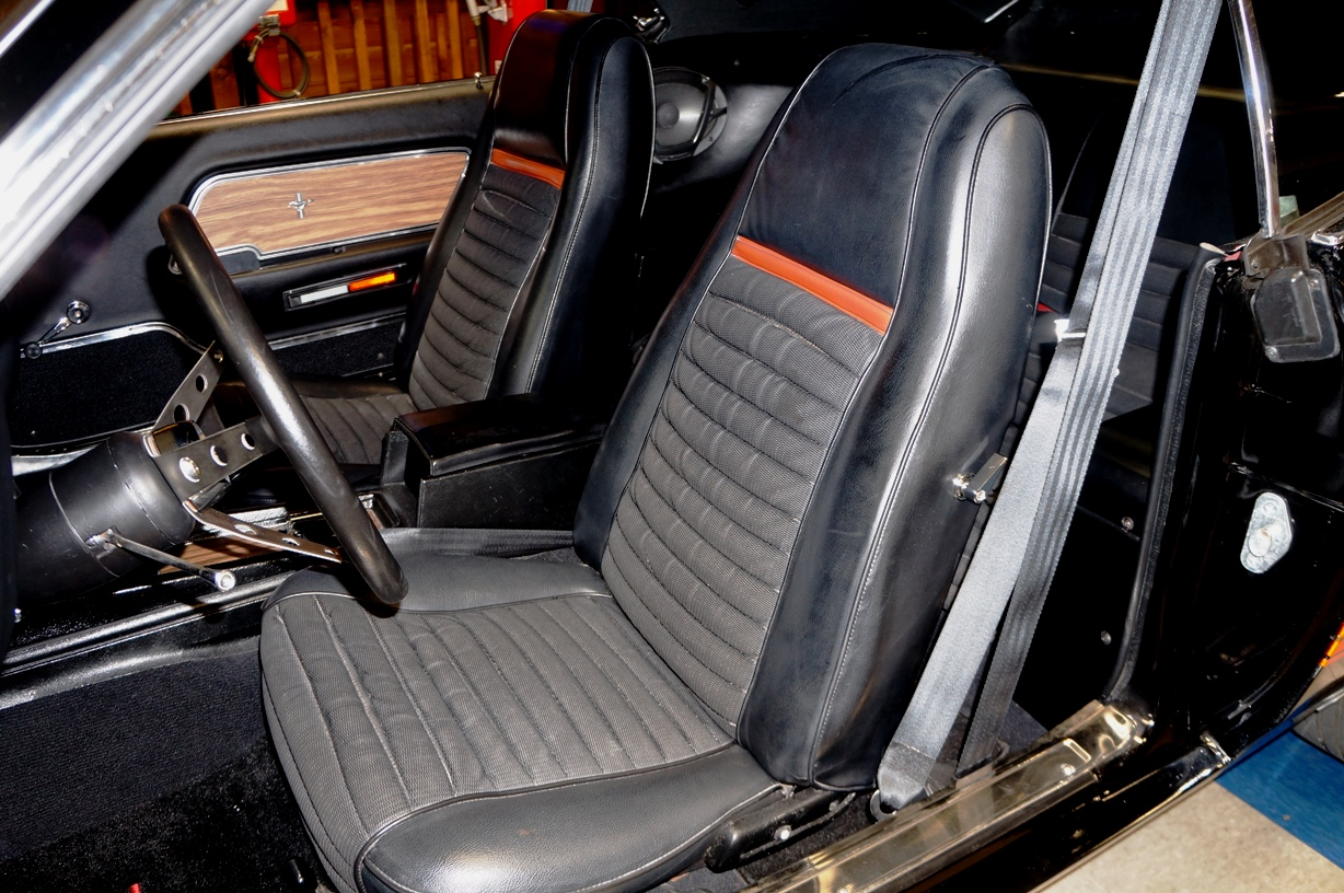 Ford Mustang Front Seat