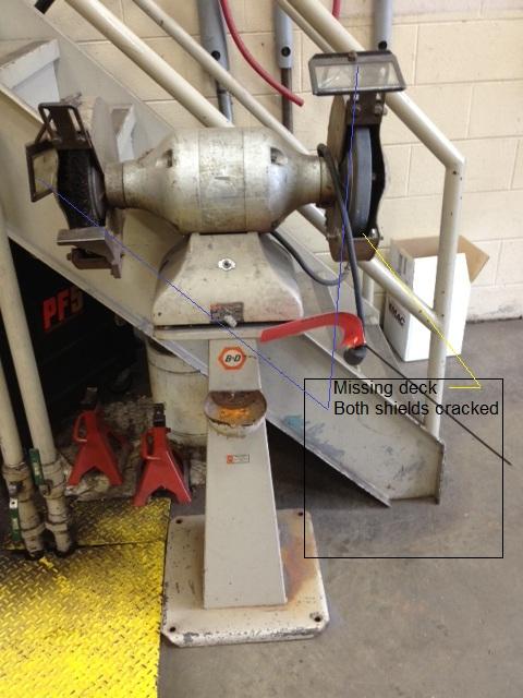 Black Amp Decker 10 Inch Pedestal Grinder