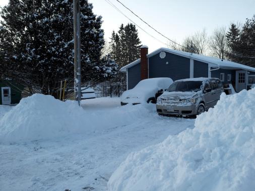 Shoveled driveway at 7:36 am.