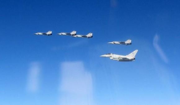 Typhoon-escorts-Mig-31