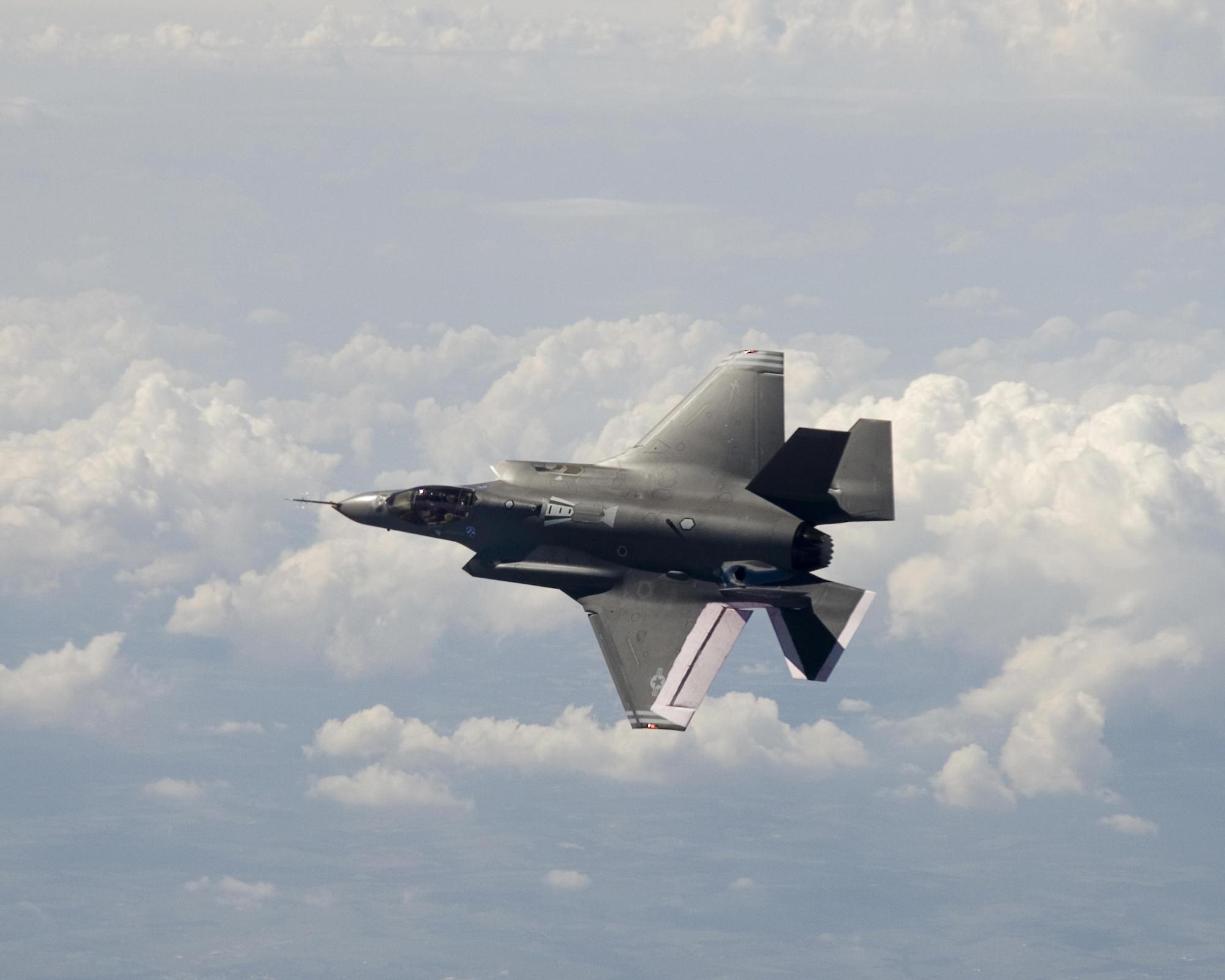 https://i1.wp.com/www.aereo.jor.br/wp-content/uploads/2008/09/f-35.jpg
