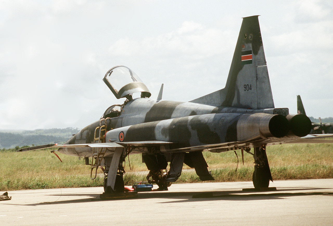 F-5 queniano (http://www.aereo.jor.br)