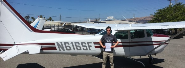 New Commercial Pilot – Nick Vandevoorde