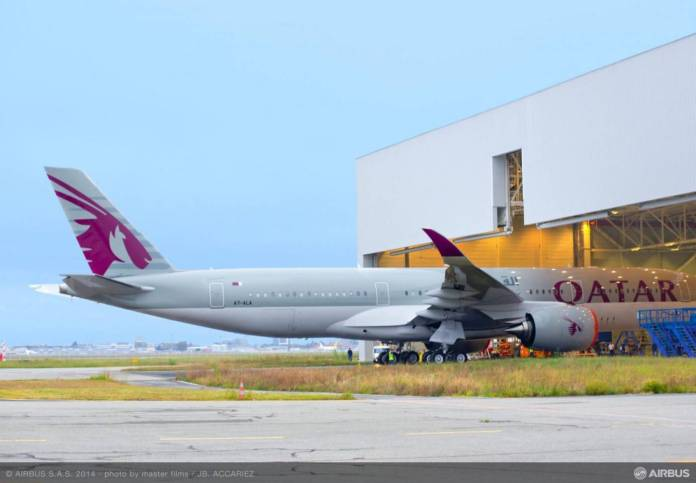 1st_A350_QTR_ROLL_OUT_02
